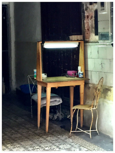 Chair Day Havanna Cuba Indoors  Naildresser No People Shop Table