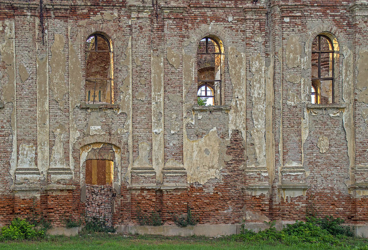 Church of Holy Spirit (Kupinovo, Serbia) was built in 1803. The church was blown up during Wold War II in 1944. and all objects and interior were damaged or disappeared, some of which were several centuries old! Church Rustic Abandoned Architecture Building Building Exterior Built Structure Column Day History No People Old Orthodox Outdoors Religion The Past Wall Window