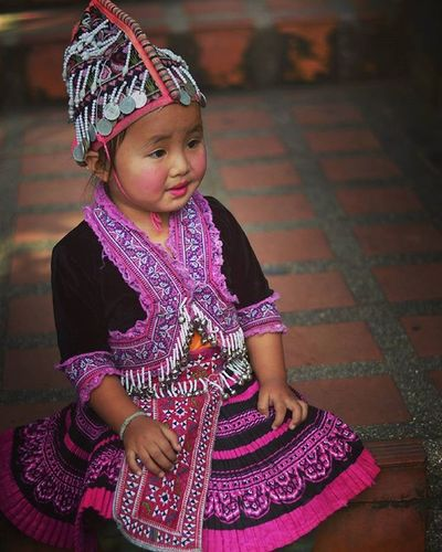 Nativethaigirl Nativechild Native Thai Girl Kid Kids Photography Photo Pictures Colourfull Colour Dress Traditional Travel Trip ASIA Chiangmai North Thailand