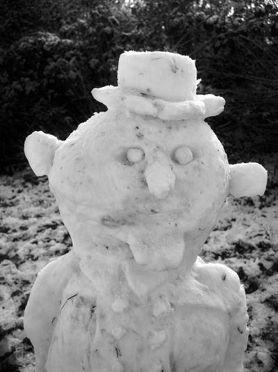 Frosty the snowman Art And Craft Blackandwhite Close-up Day Human Representation No People Outdoors Sculpture Snowman Snowman⛄ Statue