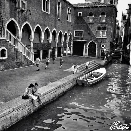Just an ordinary tourist day Venezia Blackandwhite Streetphoto_bw Streetphoto