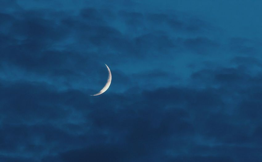 Moon Crescent Crescent Moon Sky Nature Beauty In Nature Astronomy Tranquility Clouds And Sky Outdoors Night No People EyeEm EyeEm Best Shots EyeEm Nature Lover EyeEm Gallery Popular Photos Check This Out Photo Photooftheday Photography EyeEmBestPics Nature Nature_collection Nature Photography