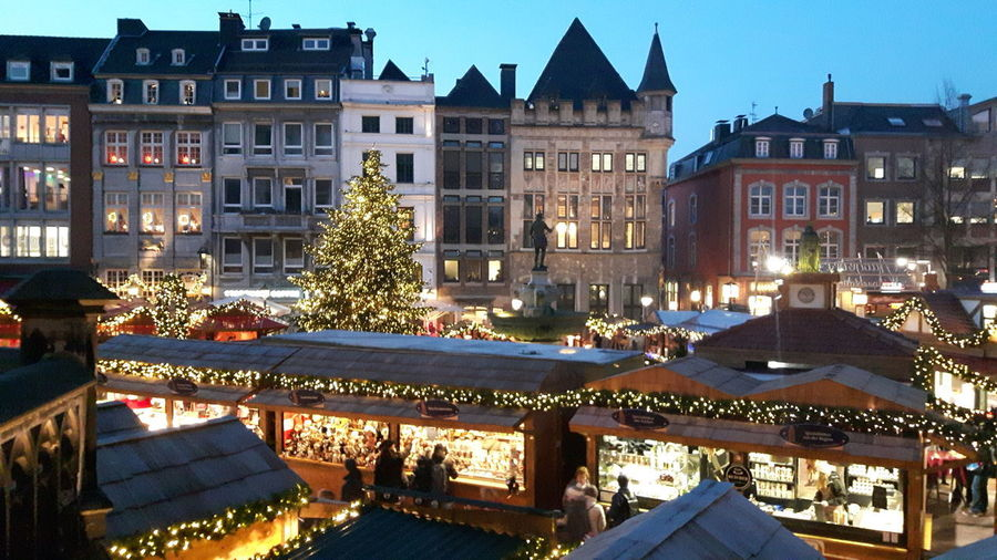 City Cityscape Politics And Government Illuminated Tree Christmas Market Christmas Decoration Winter Christmas House