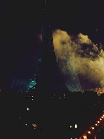 Eiffel Tower Goes Green for French National Day ! Fantastic Exhibition Popular Photos