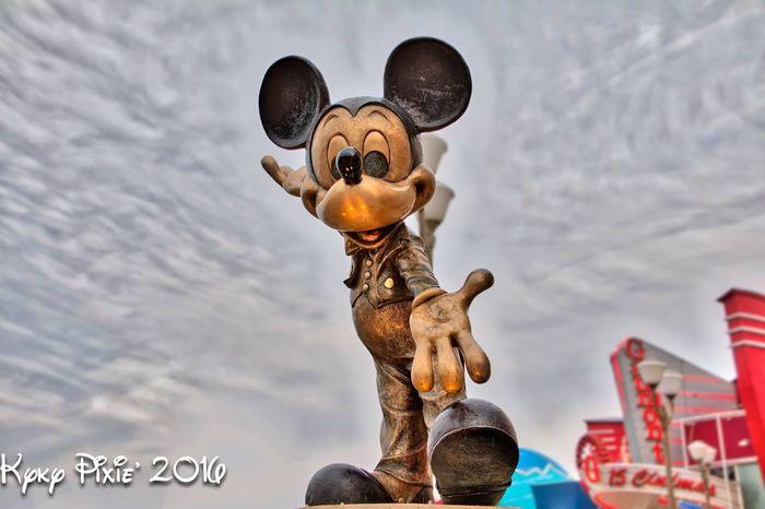 Mickey Mouse Paris Disneyland Disneylandparis Waltdisney Disneyland Paris Photography Disneylandresort