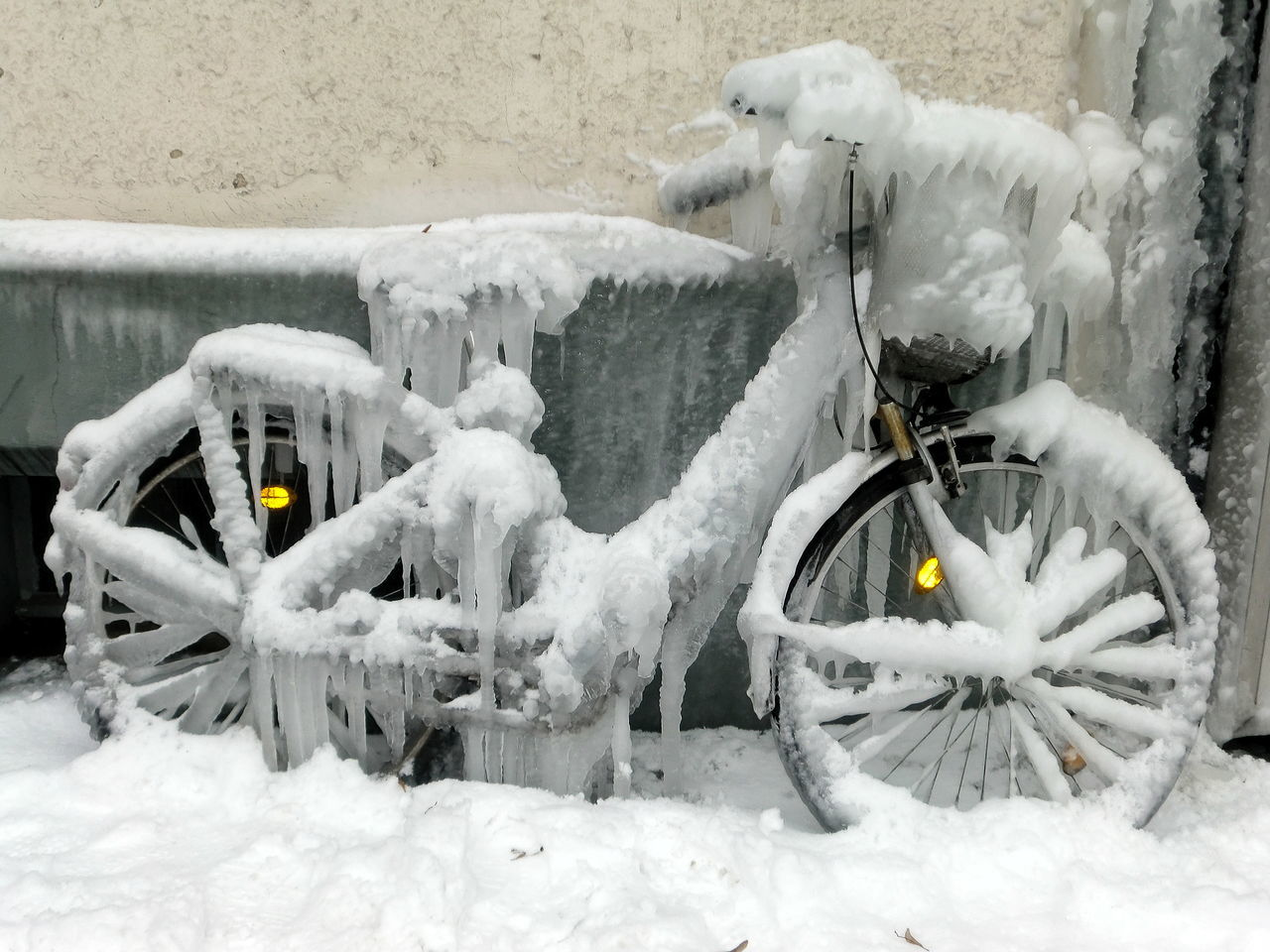 snow, winter, cold temperature, white color, transportation, covering, nature, day, frozen, no people, mode of transportation, outdoors, bicycle, land vehicle, field, architecture, snowing, land, extreme weather, wheel, blizzard