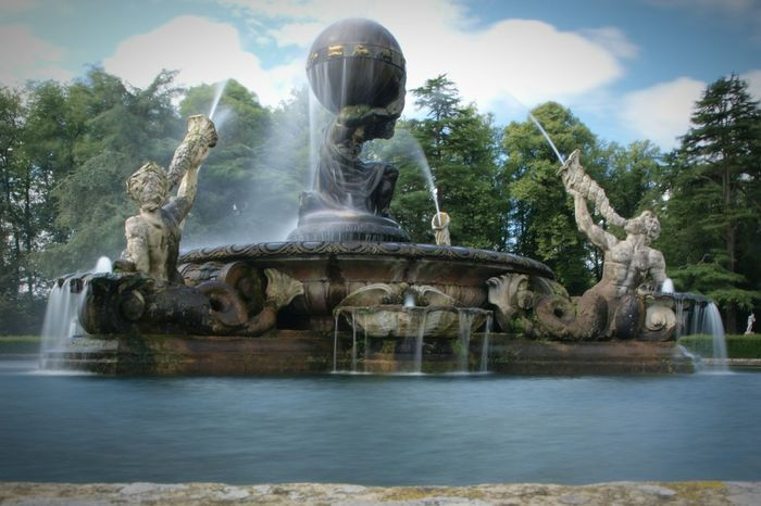 Castle Howard Gardens Castle Grounds Castle Gardens Fountain Water Motion Long Exposure Tree Outdoors Sky Day Spraying Statue Sculpture No People Architecture Nature Blurred Motion Historic Building