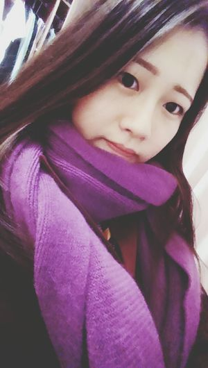 Just can't stand the low temperature. Freeze Scarf Coat