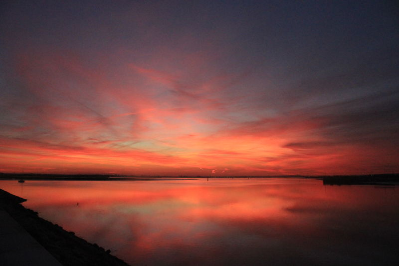 Sky colors ❤ Sky Sky And Clouds Sky_collection Skylovers Skyphotography Sky And Sea Sky_scapes Twillight Twilightscapes Winter Night Portugal Montijo Nature Water Secret Places Art Is Everywhere