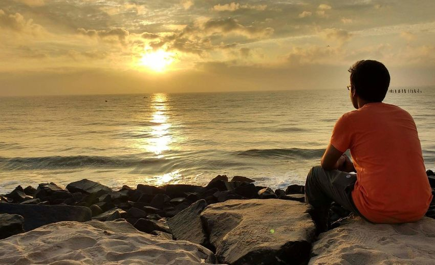 My Year My View Vacation Pondicherry RockBeach Sunrise Seascape Photography Beauty In Nature Relax Enjoy The Nature Protect The Nature Sea Beach