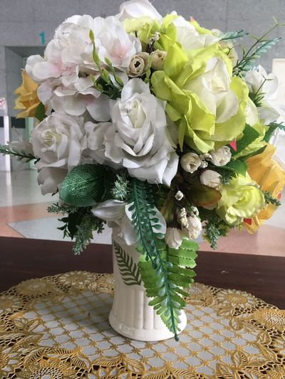 Plant Flower Flowering Plant Nature Flower Arrangement Indoors  Freshness Beauty In Nature Table Fragility No People Close-up Vulnerability  Flower Head Decoration Growth Vase Inflorescence Bouquet Day