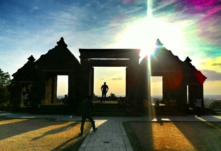 Some says it was bilqis' temple Historical Building Silhouette INDONESIA Temple Sunshine EyeEm Best Shots