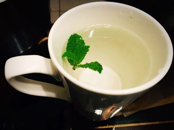 薄荷 水 茶