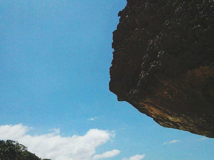 In Oslobcebu feat. The Sky And The Rock Giantrocks Sky