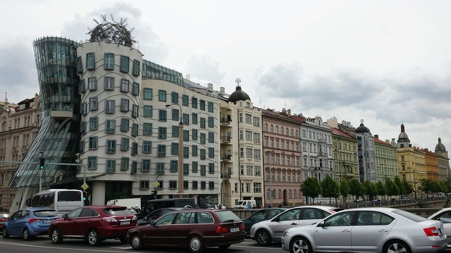 PRAGUE... The Dancing House and row of historic houses. Lovely View Hello World Travel Photography Altstadtleben Modern Architecture Amazing Architecture Architecture