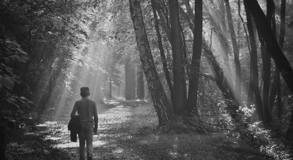 Nikon D5200 Taking Photos Light And Shadow Sun Beams EyeEm Nature Lover People Photography Landscape Black And White Hanging Out Black & White Blackandwhite My Son ❤ Nikonphotography People