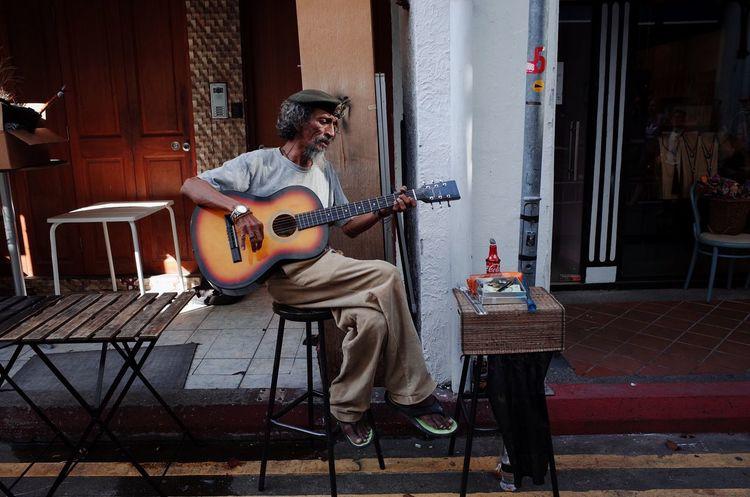 Guitar One Person Guitarist Musician Sing People Ricoh Gr Singapore Haji Lane, Singapore