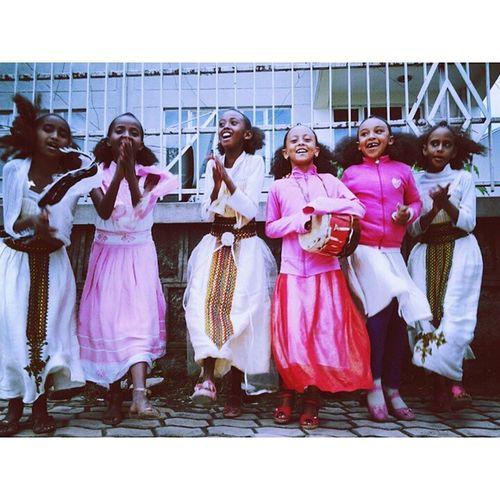 Picoftheday AshendaGirls Ashenda Kiremet Ethiopian Girls Singing AddisKids Addis  Addisababa AddisFlow Ethiopian Ethiopiandress Kebero Shuruba AddisClassics AddisBeautiful Africankids Africa EthiopianCulture
