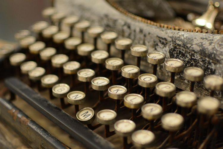 Close-up of retro styled abandoned typewriter