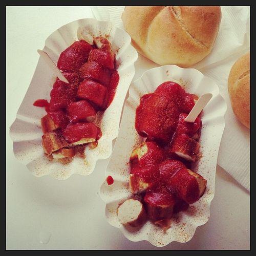 Curywurst-Frühstück bei den Spätzlehexen... #yummie Yummie