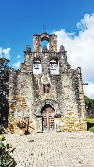Mission Espada Building Exterior Catholic Arcitecture Catholic Missions Catholicchurch Spanish Culture Old Buildings Catholic Place Jesuit Spainish Architecture, Spain Old Building  Jesus Christ Built Structure Architecture No People Cloud - Sky Outdoors Day Sky San Antonio, Tx Texas Sky