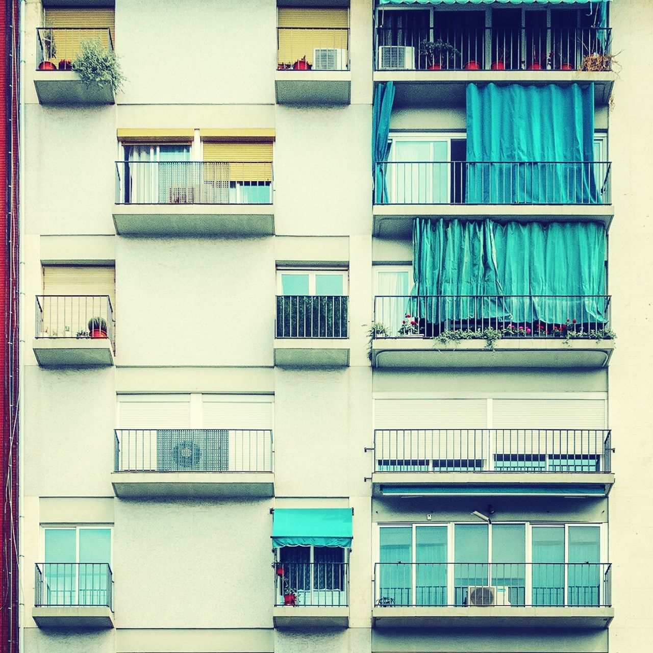 architecture, balcony, building exterior, window, built structure, no people, bookshelf, outdoors, day, apartment