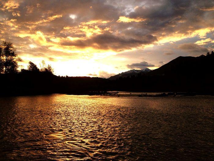 River Sunset Fishing Water Nature Canada Hobby Naturelovers Beautiful Photography Natural Enjoying Life