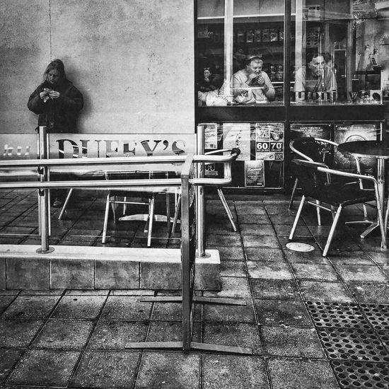 Everyday AdeLay No. 68 Untold Stories Learn & Shoot: Layering Australia NEM Submissions Street Life Urban Lifestyle Black & White Streetphotography Eye4photography  I Love My City Showcase: December B&w Street Photography