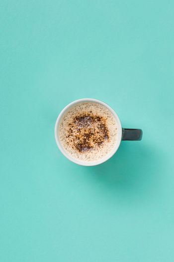 Coffee lay flat