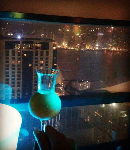 このワイン、苦くも今となっては甘い思い出w そして久々に香港で朝を迎えてますわ 前職の同僚と話してたら、このワイン思い出したw Carmederieussec Sweetwine Bordeaux Bitter Butsweet Memory Eyebar とある日 自分で輸入したのは飲まずここで飲むっていうね Import HongKong