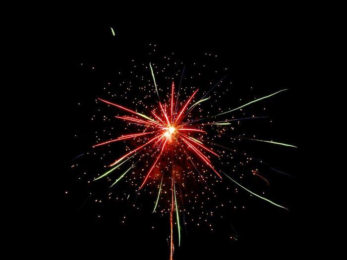 happy New Year 2016 to all Friend EyeEm🙌💃👏👏 Happy New Year EyeEm Indonesia Hello World Welcome To East Sumba Beautiful Day Summer Showcase: December DECEMBER2015 Eyeem Galery Firework Travel Traveling INDONESIA Thank You Eyeem Sumba Timur
