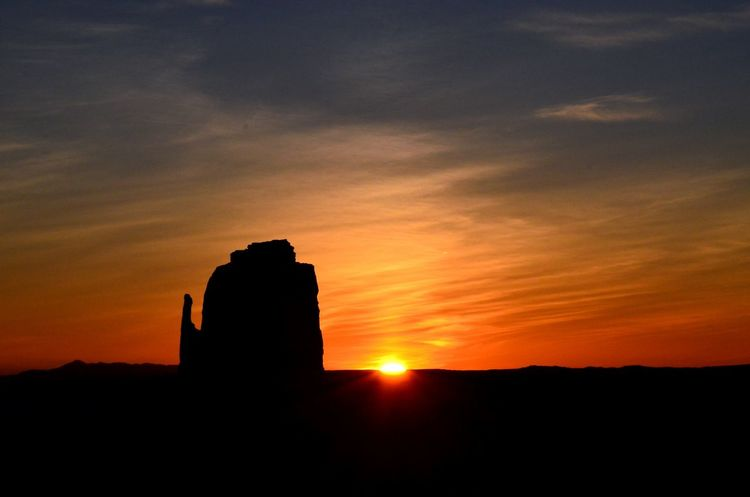 Arizona sunrise, painted by mother nature. Monument Valley. Epic Landscapes Southwest Desert Landscapes Landscape_photography Sunrise Painted Sky Arizona Utah Monument Valley Left Mitten Red Sky Desert Sunrise Silhouette Desert Beauty Beautiful Nature TakeoverContrast
