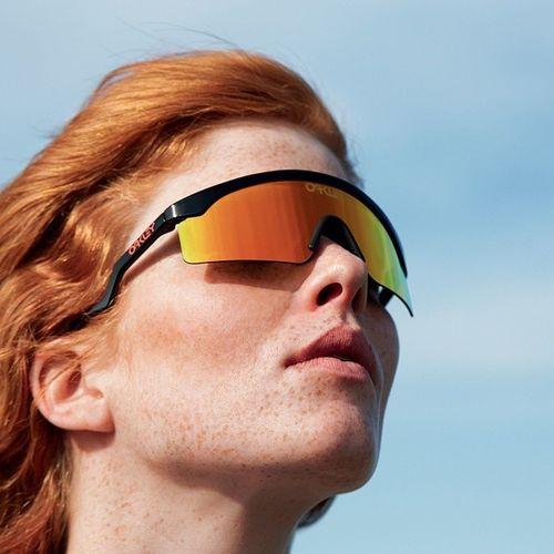 Oakley Heritage x Wad Mag Shot by @c_reel Model: Leonore Masson Big thanks to: @bricewad @collinbruno @donatellacaggiano Oakleyheritage Wadmag Oakley Razorblade redhead summer