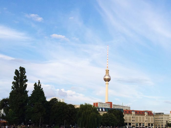 Berlin Fernsehturm Check This Out Berliner Ansichten Berlin Berliner Fernsehturm Hello World