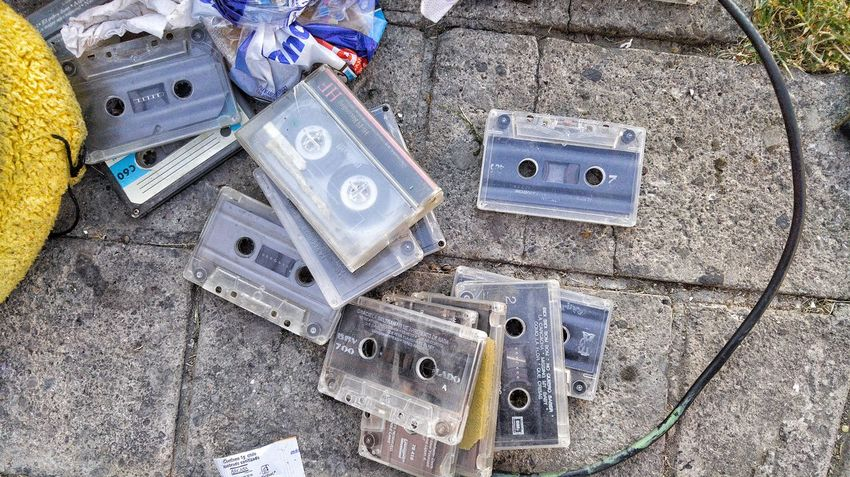 Casette Close-up Casette Tapes Tapes_photography Music Old Vintage Obsolete Urban Love Photography Walking Around Photographer Picsofday Lovephotography  Great Atmosphere Creativity Urbanexploration Nice Pic Front View Communication Raw Photography Street Art
