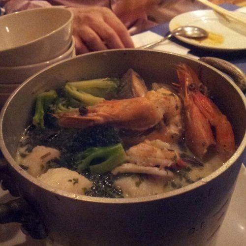 ヴァポーレという海鮮鍋。うーまーそー!