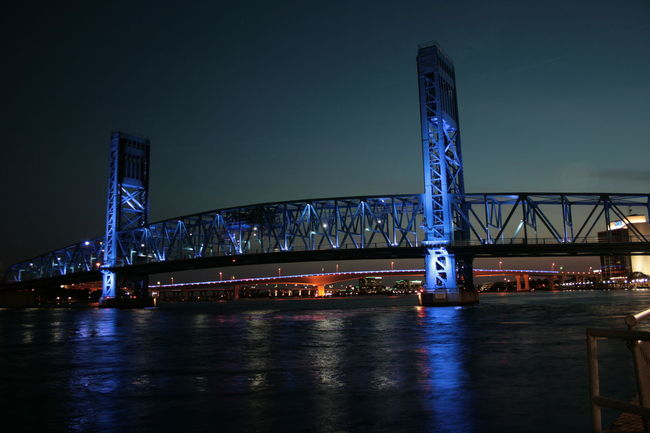 Jacksonville, FL, USA St. Johns River Blue Bridge Nightscape Main Street Bridge EyeEm Selects City Cityscape Urban Skyline Illuminated Bridge - Man Made Structure Steel Modern City Life Suspension Bridge Tall - High Architectural Feature Architectural Design HUAWEI Photo Award: After Dark