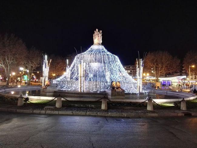 Fontaine Celebration Illuminated Christmas Christmas Decoration City Christmas Lights Christmas Ornament Christmas Tree Aix En Provence