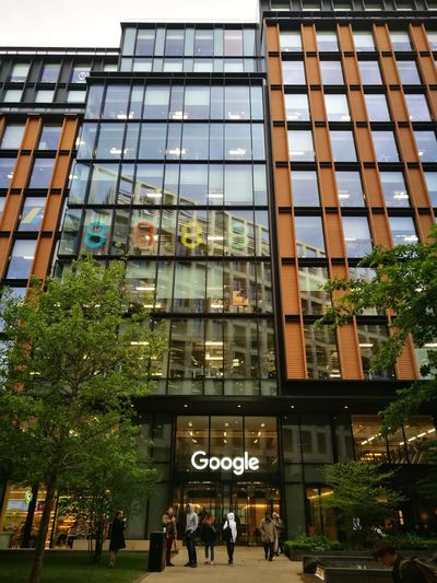 Google building Kings Cross Built Structure Architecture Building Exterior Large Group Of People Real People City Life City Day Low Angle View Outdoors