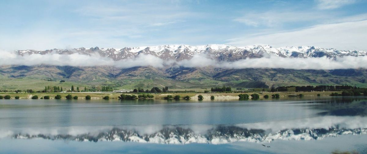 Cloud Kissing Lake Landscape Nature Serene Calm Water Dunstan Lakedunstan Wakatipu New Zealand Scenery Scenics Clear Clouds And Sky Cloudscape Mirror Reflection Mountain Snow Queenstown Learn & Shoot: Balancing Elements Landscapes With WhiteWall The Great Outdoors - 2016 EyeEm Awards Original Experiences