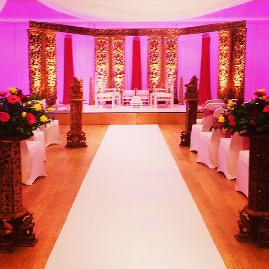 Swargweddings Oshwalcenter London AsianWedding Hinduwedding Gujju Indian Woodenmandap Mandap Pink White Wedding