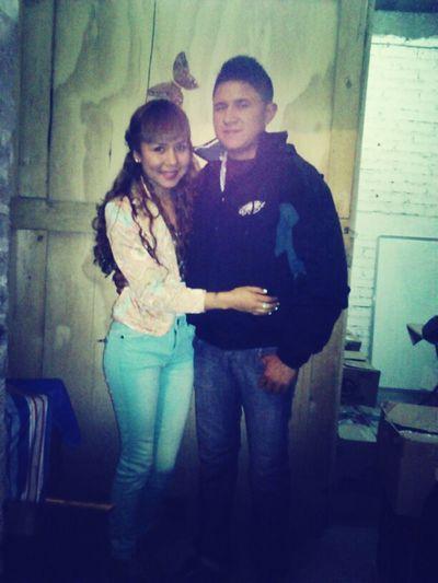 Mi hermano & yo..! Lo quiero mucho.. (::