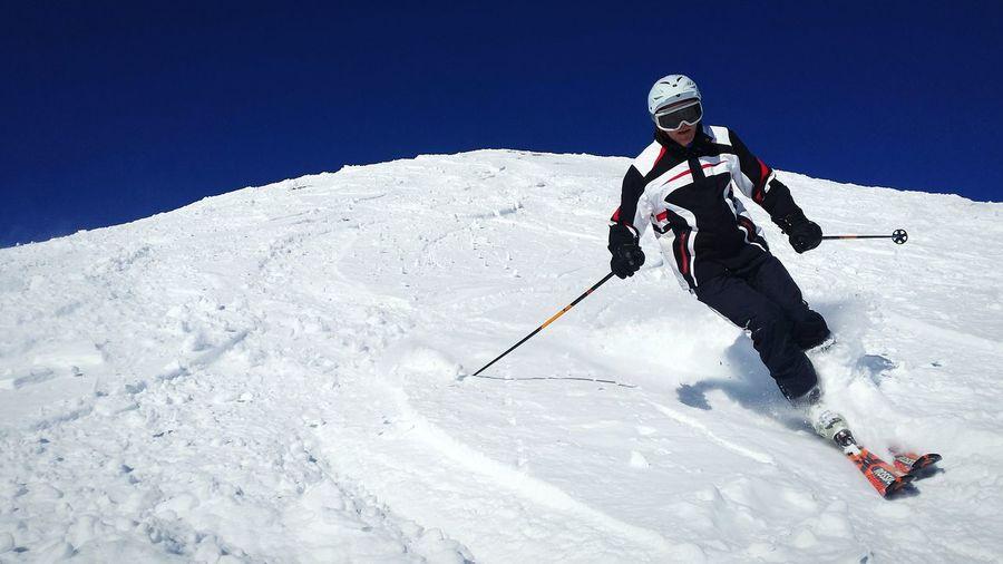 Skiing Ski Winter Blue Sky Wintersports Powder PowderDay AxamerLizum Tirol  Austria Tiefschnee Allwhite Snow