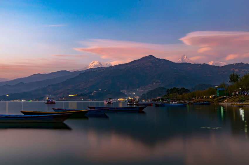 Sunset at Fewa Lake Barcos Blue Hour EyeEm Best Shots EyeEm Nature Lover Himalayas Nature Nepal Viajar Boats Clouds And Sky Cloudscapes Lake Lake View Landscape Long Exposure Mountains Mountains And Sky Nature_collection Outdoors Paisajes Travel Destinations Waterfront