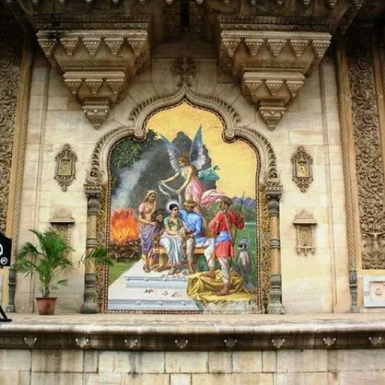 A painting recreated using mosaic tiles on the outer walls of the Laxmi Villas Palace in Vadodara. Indianhistory Incredibleindiaofficial Indianarchitecture Incredibleindia india wanderlust travelbug travel architecture art vadodara baroda gujarat