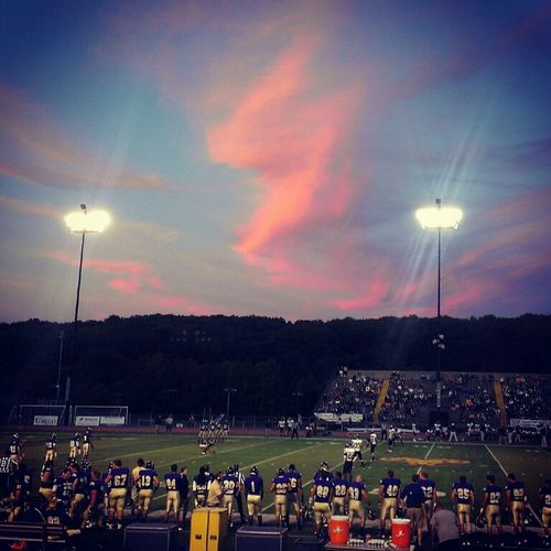 fall football, does it get any better.