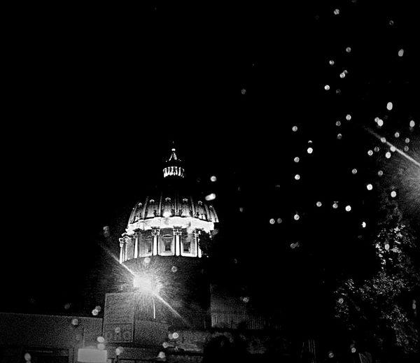 Roma SanPietro Architecture_collection Architecture_bw Sanpeter Vatican Vaticano Blackandwhite Photography Blackandwhite Rain Drops CupolaDiSanPietro Gocce D'acqua EyeEm Best Shots - Black + White