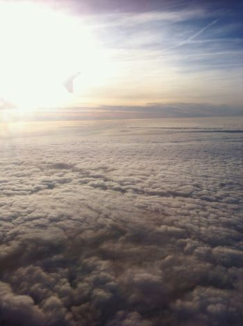 Si commenta da sola. Pace infinita. Remembering This Moment Peaceful View Beautiful ♥ Clounds And Sky From The Plane Window Eyem Best Shot