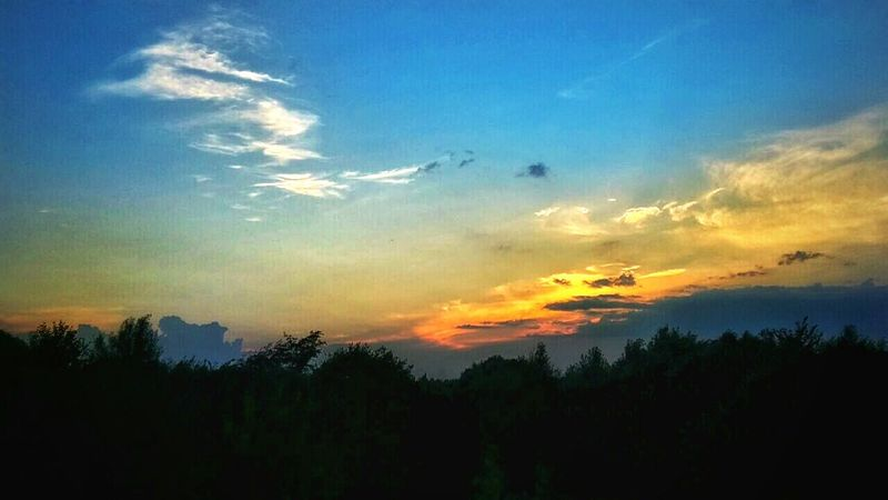 Just another beautiful sunset Eye4photography  Photooftheday Sunset Holiday Enjoying The View Mobilephotography Love Summer Inthemountains Lovelife