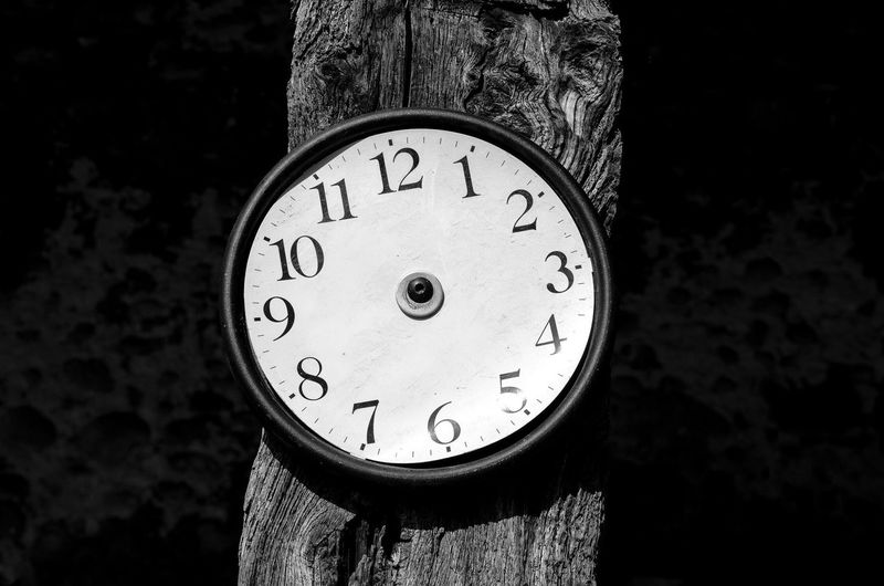 Clock Circle Monochrome Photography Minimalism Grenoble Investing In Quality Of Life Your Ticket To Europe Your Ticket To Europe Be. Ready. Rethink Things #urbanana: The Urban Playground My Best Travel Photo